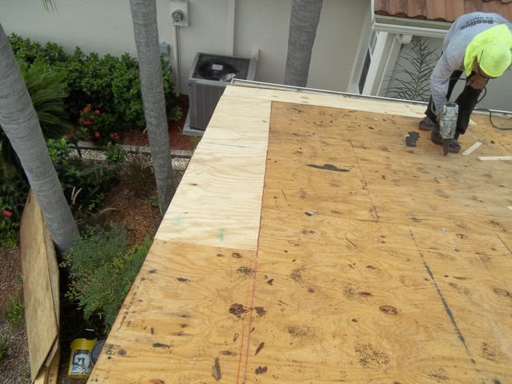 Replaced Rotted Wood On This Flat Roof In Bradenton Fl