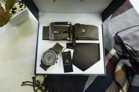 JP Fashion Men Gift Set Watch Waistband Tie Wristwatch Present Suit