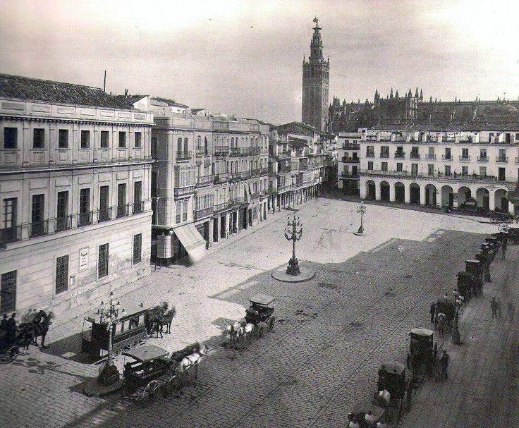 INSÓLITA imagen de la Plaza de San Francisco a mediados del siglo XIX. ¡Qué joya! #SevillAyer