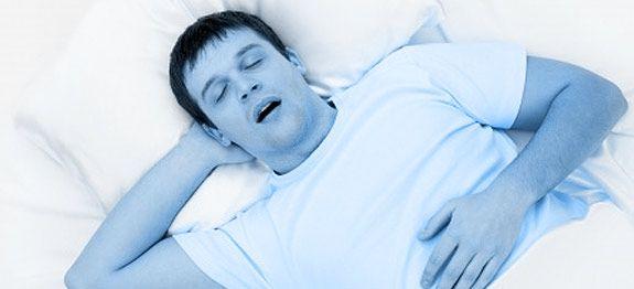 Soigner naturellement l'apnée du sommeil : Quels remèdes naturels pour soigner l'apnée du sommeil ? Comment s'en débarrasser naturellement. Apnée du sommeil