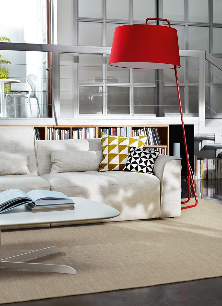 SEXTANS is a floor lamp with a minimalist look that is ideal for contemporary interiors: whether living rooms, work tables or studies. #calligaris #toronto #homedecor #lighting #floor