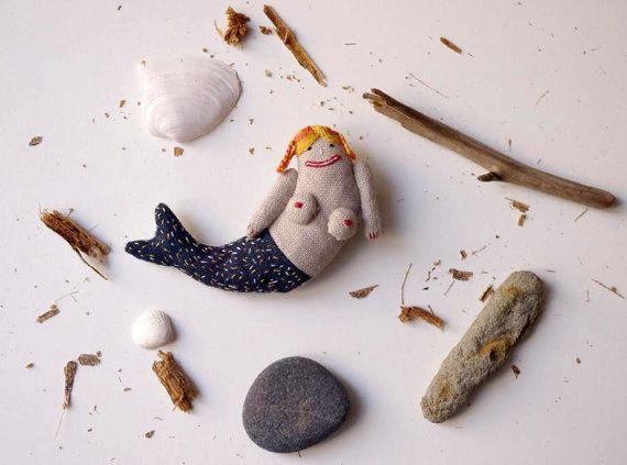 Sie haben jemals eine Meerjungfrau.  Brosche von adatine auf Etsy