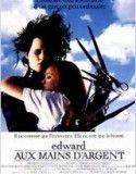 Edward Scissorhands n'est pas un garçon ordinaire. Création d'un inventeur, il a reçu un cœur pour aimer, un cerveau pour comprendre. Mais son concepteur est mort avant d'avoir pu terminer son œuvre et Edward se retrouve avec des lames de métal...