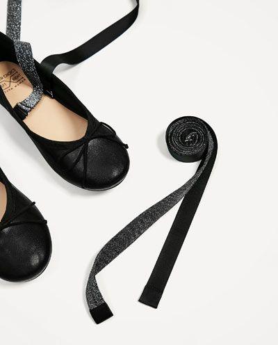 Image 6 de BALLERINES EN CUIR À LACETS ÉCHANGEABLES de Zara