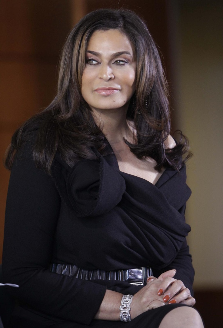 Miss Tina Knowles. Flawless.