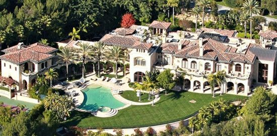 Eddie Murphy's mansion on one of the most expensive residential streets in the USA