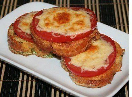 Гренки с помидорами и сыром к завтраку / IP Neo