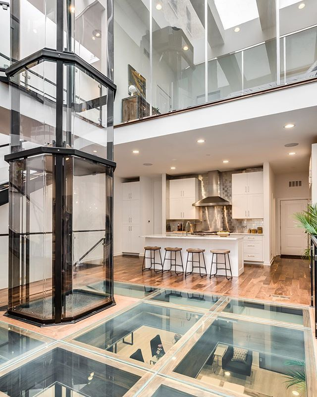16 best visilift glass elevators in contemporary homes for Luxury homes with elevators
