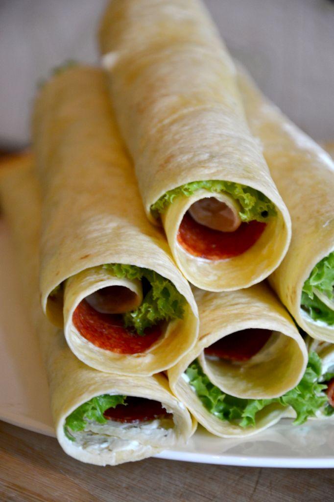 ♥ Fingerfood - Salamiröllchen