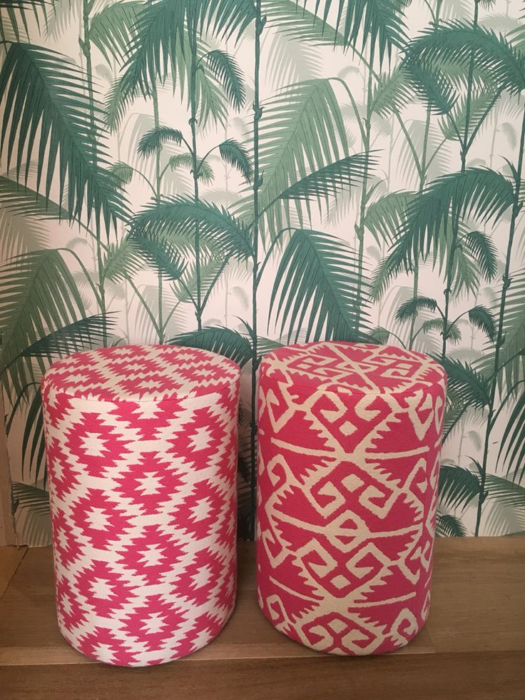 Stools fabric Manuel Canovas,wallpaper Cole & Son