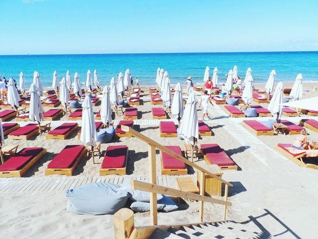 PAZUZU Beach Bar (Glyfada beach/Corfu) | Beach bars, Corfu, Beach