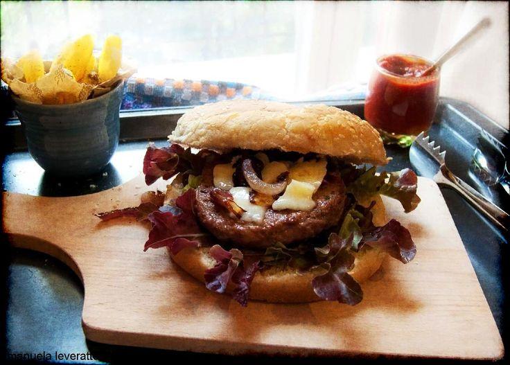 Hamburger con ketchup homemade   Ricette fuori Fuoco
