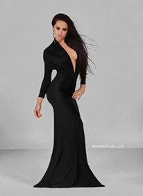 That black dress Photographer: Ricardo Poggi Amsterdam Elegant Fashion Model/ actress: Rebecca Danielle Hanser