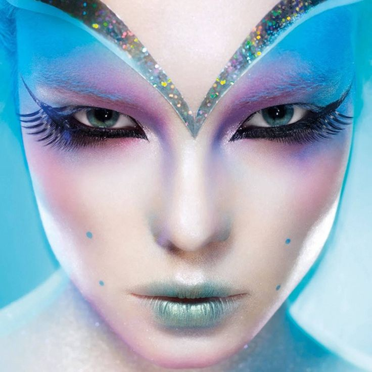 This makeup is on another planet (pun intended)