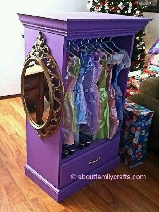 Dress up wardrobe-Love this!