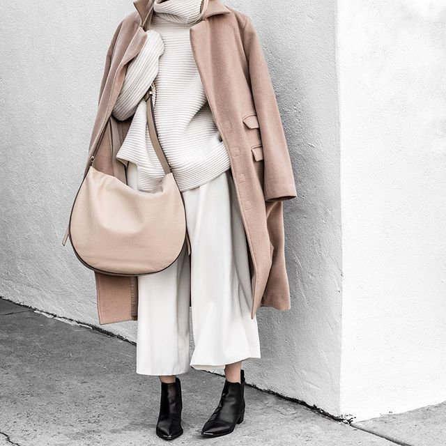 Winter Whites...Fresh post on the blog! ☁️☁️ #winterwhites #acnestudios #annaquan #myaritzia #figtny (tap for details!!)