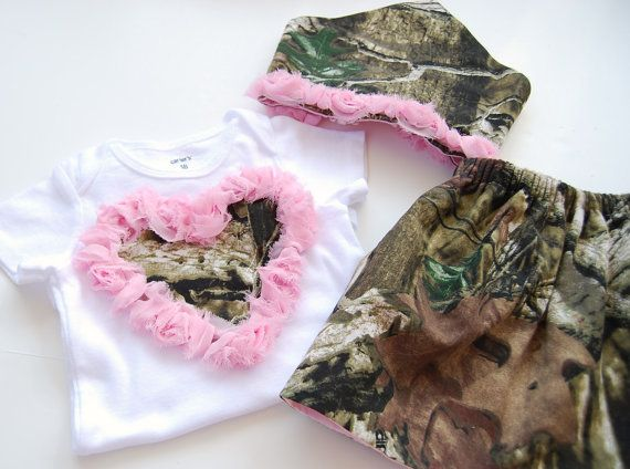 Realtree Mossy Oak Baby Girl Camo Outfit. Pink Heart. Pink Camo scarf headband.Duck Dynasty inspired. Redneck baby shower. Cake smash outfit on Etsy, $13.50