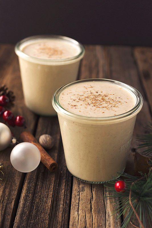 Vegan Eggnog // @tastyyummies // www.tasty-yummies.com