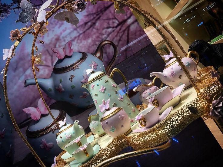 Lovely #tea set from #Villari @villari_dubai perfect for #Royal #tea #party