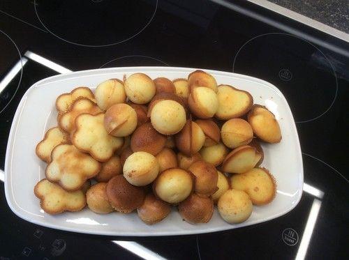 Cakepops Zitrone in der Form gebacken