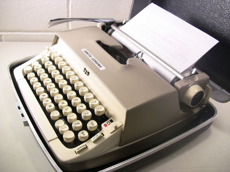 Vintage Portable Typewriter Manual Typewriter Smith Corona Galaxie Tan with Case #SmithCorona