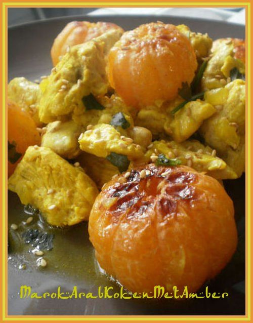 Een heerlijke, goed bij deze feestmaand passende, tajine van kalkoen met daarbij de frisse smaak van clementine-mandarijnen......Dit heb je nodig300 gram ongepaneerde kalkoens