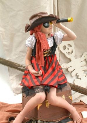 Pirate Costume - Pirate Themed Party