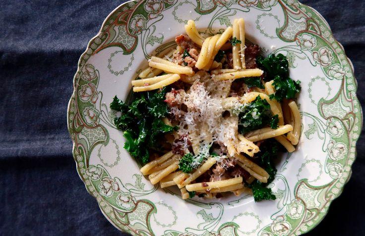 Sausage, Kale & Fennel Pasta – Model Turned Cook