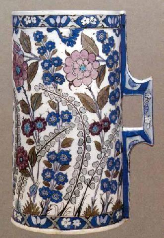 Ottoman Pottery, Cylindrical Tankard, Gulbenkian Foundation