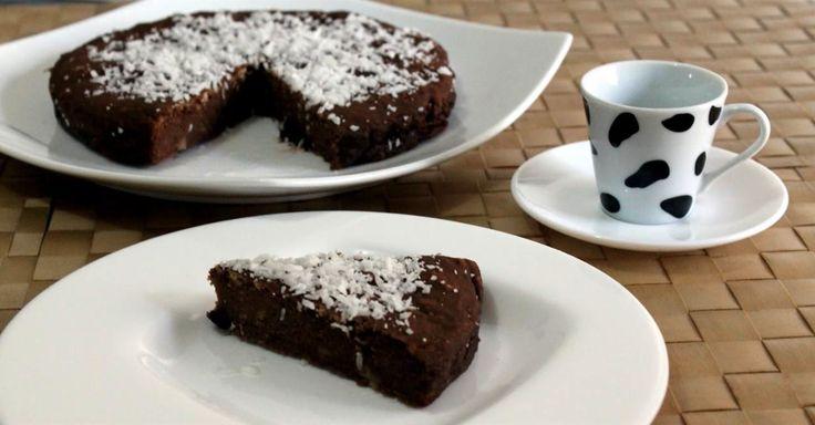 Bizcocho de chocolate: sin gluten, sin huevo y sin lactosa.