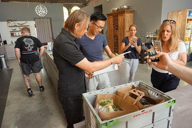 Redmountain BBQ Erkelenz REWE Lieferdienst REWE Grillbattle bei Santos in Köln Lieferung der Lebensmittel des REWE Lieferdienst