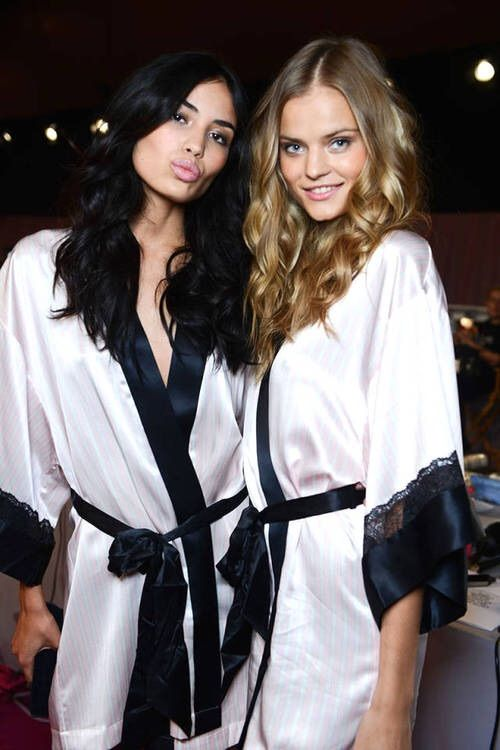 Image via We Heart It #backstage #girls #models #pink #tumblr #Victoria'sSecret #irinashayk #vsfs #2014 #kategrigorieva