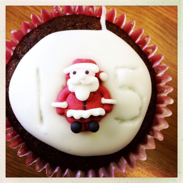 15. Dec 2014: Santa icing :P