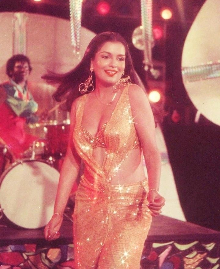 Zeenataman in Qurbani in 2020 | Actress photos, Actresses, Bollywood