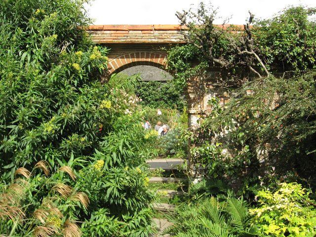 Great Dixter Garden East Sussex Engeland - Mieke LöbkerPicasa Webalbums