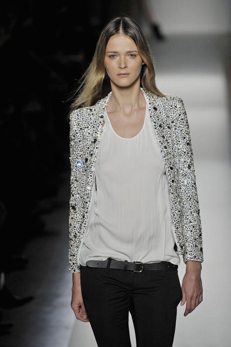 Sparkling jacket                                                                                                                                                                                 Plus