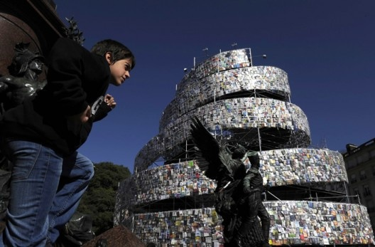 Torre de Babel en Buenos Aires / Marta Minujín (2)