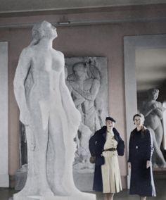 Rose Valland (right) at the Galerie nationale du Jeu de Paume, Paris, 1934