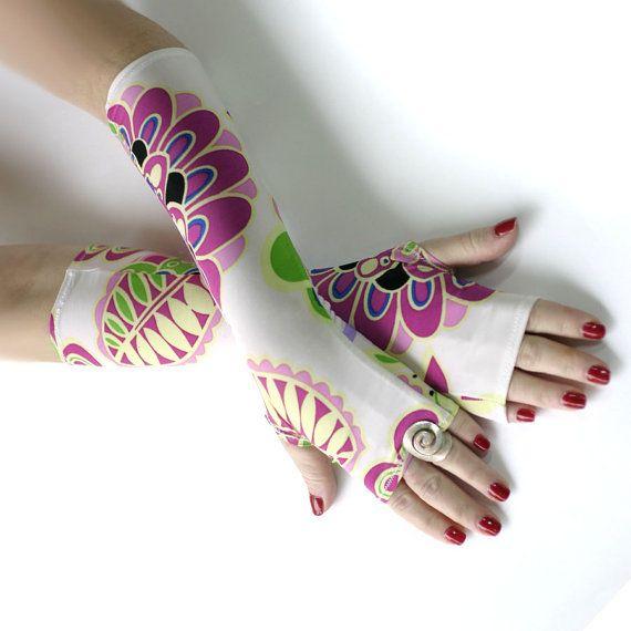 Paradise Garden gloves  Floral Arm Warmers Fingerless by WearMeUp, $24.00