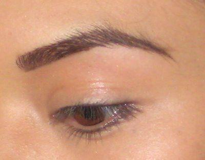 learn how to wax eyebrows