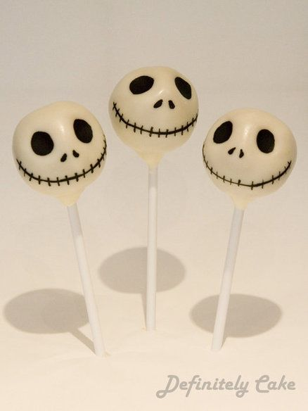 Jack Skellington style cake pops! SO MUCH OF THE YES! I love The Nightmare Before Christmas!