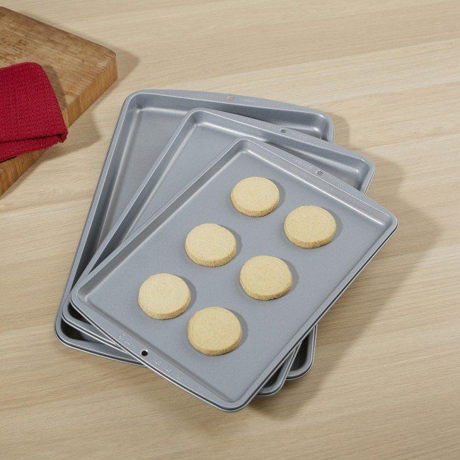 Wilton Recipe Right Non-Stick Cookie sheets are built with all the right qualities for better baking results.