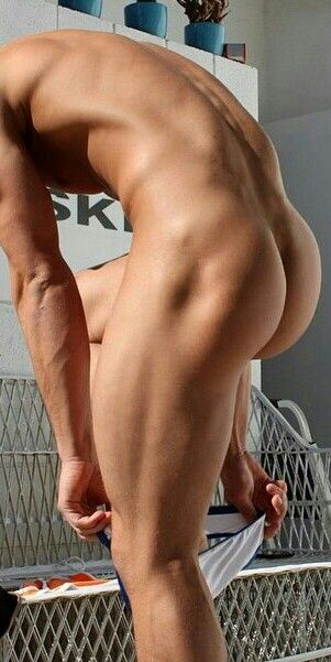 nude-male-big-butts