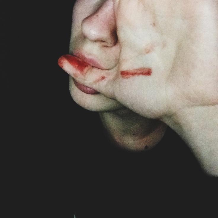 Best blood images on pinterest fotografie vampires