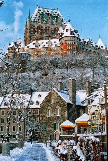 Chateau Frontenac, #Quebec, #Canada - A City View if Winter. Chateau Frontenac, Quebec #, # Canadá - A Vista de la ciudad si el invierno.