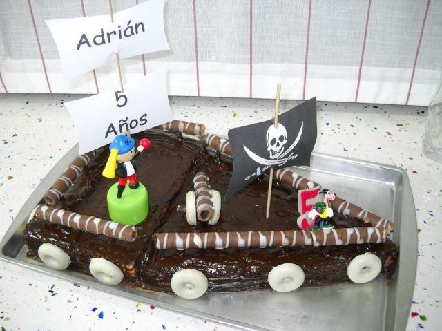 La super tarta de mi primo para mi niño!! Gus eres el mejor!!