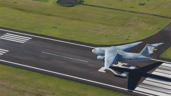 開発が完了した航空自衛隊の新型主力輸送機「C2」(防衛省提供)