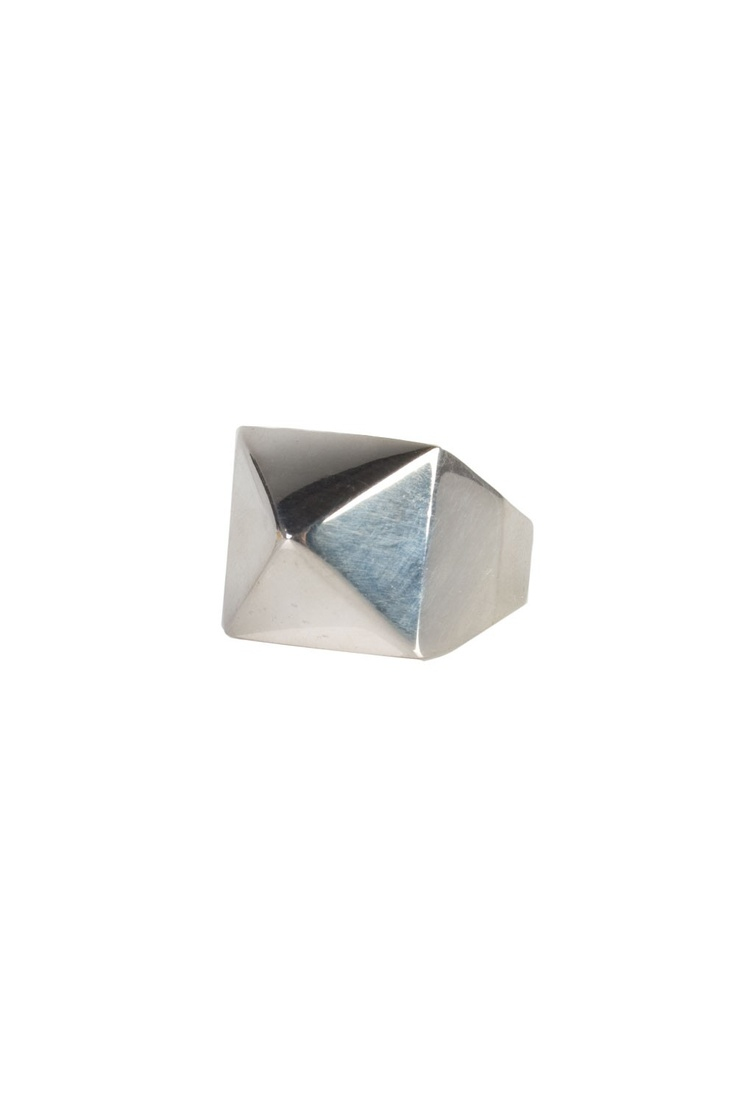 Pyramid Ring - Silver / S-L
