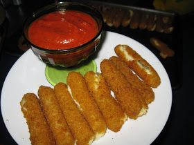 Bariatric Foodie: WLS-friendly Mozzarella Sticks,making mines with coconut flour,spicies,golden flaxseeds,eggs,coconut oil to deep fry them! Making mines gluten free!!