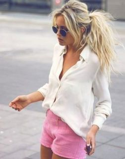 pink shorts, white blouse!: Pink Shorts, Outfits, Fashion, Messy Ponytail, Messy Hair, Style, White Shirts, Messy Ponies, White Blouses